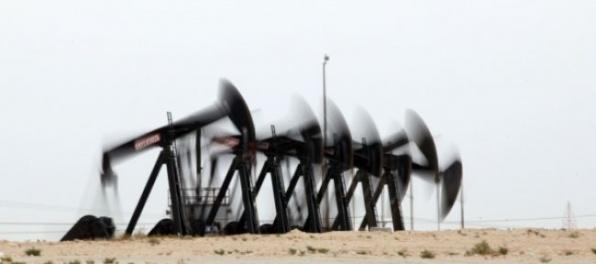 Ropa zlacnela, ceny drahých kovov sa zvýšili