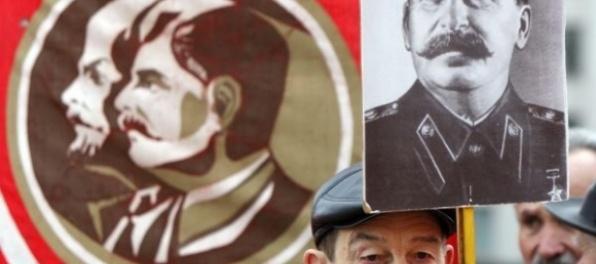 Každý štvrtý Slovák by u nás nastolil diktatúru