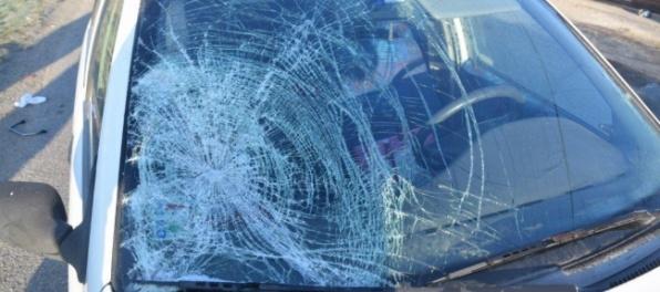 Vážna nehoda v Nitre: Dve autá sa čelne zrazili