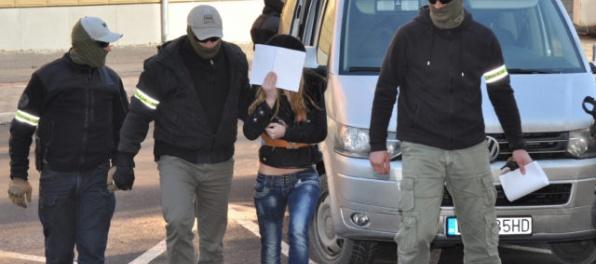 O väzbe pre Sheilu Sz., ktorá močila na Korán, má opäť rozhodovať prvostupňový súd