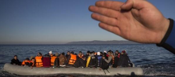 Juncker potvrdil, že Rakúsko musí plniť dohodu o prerozdeľovaní migrantov