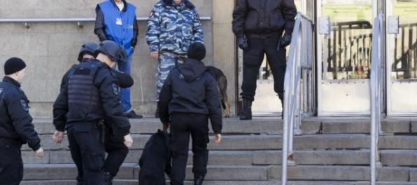 V Petrohrade zadržali troch údajných komplicov atentátnika z metra