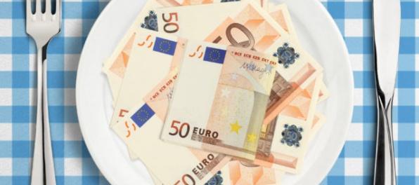 Priemerná mzda vzrástla najviac v činnostiach reštaurácií a pohostinstiev