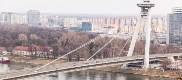 Tretina ľudí z Bratislavy a okolia riešila alebo plánuje riešiť kúpu nehnuteľnosti