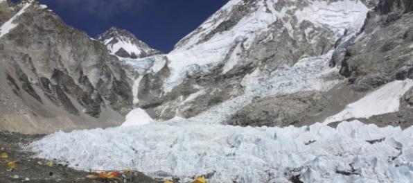 Slovenský horolezec zahynul pri výstupe na Mount Everest