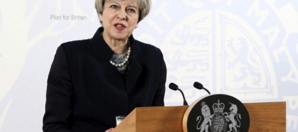 Prieskum YouGov naznačuje, že z britských volieb vzíde koaličná vláda
