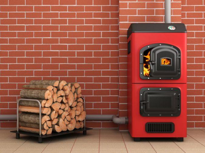 Domácnosti si mohli rozdeliť milióny eur na kúpu kotlov na biomasu, dotáciu však nevyužili