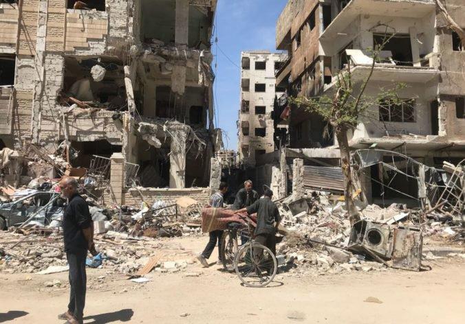 Útoky USA, Francúzska a Británie sú jasným odkazom al-Asadovi, vyhlásil generálny tajomník NATO