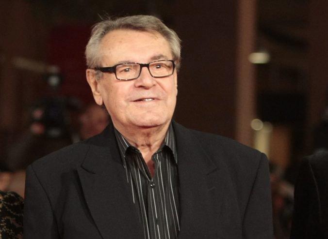 Režiséra Miloša Formana pochovali v tajnosti, vdova ľuďom ďakuje za prejavenú účasť