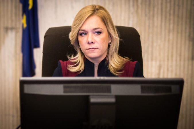 V strane Smer-SD sa hovorí o Sakovej ako o ministerke vnútra, Stromček vraj ponuku odmietol