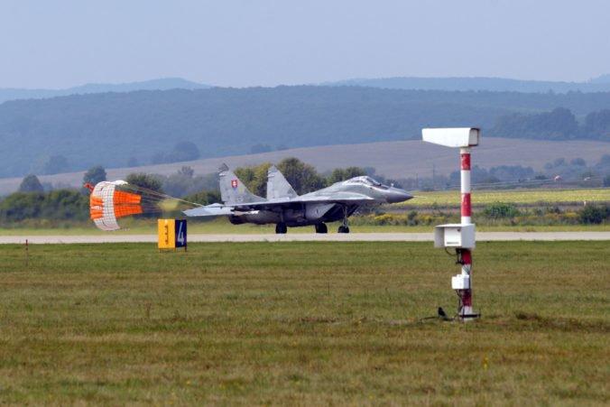 Ministerstvo obrany upozorňuje občanov na možnosť zvýšeného hluku v okolí letiska Sliač
