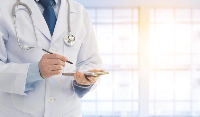 Súkromní lekári hlásia akútny nedostatok ambulantných lekárov, mnohé ambulancie zanikajú