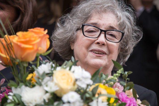 Foto: Na Filmovom chodníku slávy pribudla dlaždica venovaná Božidare Turzonovovej