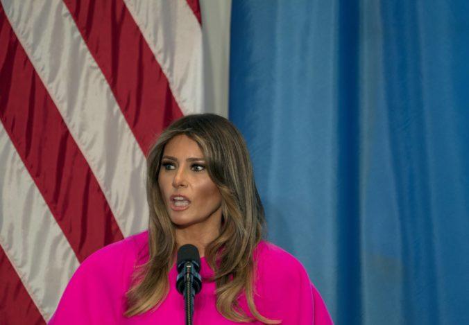 Amerika sa má riadiť aj srdcom, Melania Trumpová kritizuje oddeľovanie detí od rodín imigrantov