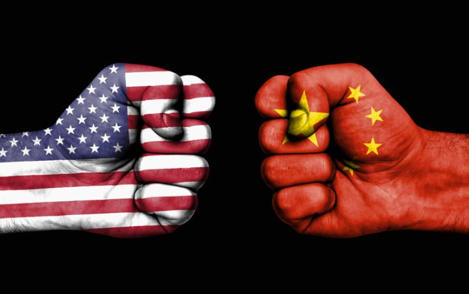 Trump sa Číne vyhráža ďalšími clami, Peking hovorí o extrémnom nátlaku a vydieraní