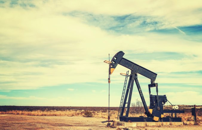Cena ropy sa zvýšila, zdražel aj vykurovací olej a benzín