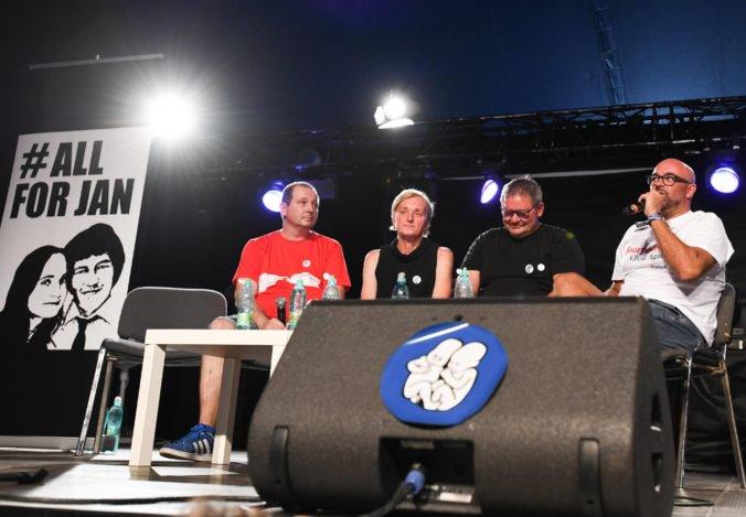 Foto: Na festivale Pohoda si uctili zavraždeného Kuciaka aj zosnulých hudobníkov Vargu a Freša