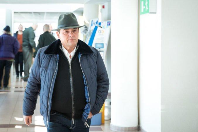 Polícia začala trestné stíhanie pre údajné vydieranie novinára Valčeka podnikateľom Mariánom K.