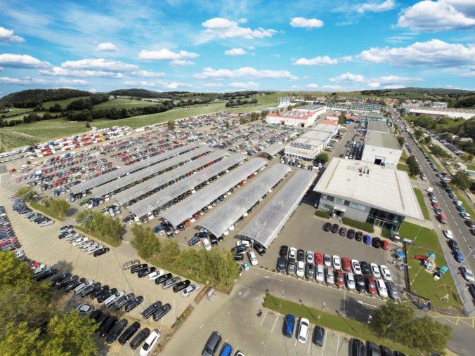 Z autocentier AAA AUTO si zákazníci za prvých šesť mesiacov odviezli 41 000 vozidiel