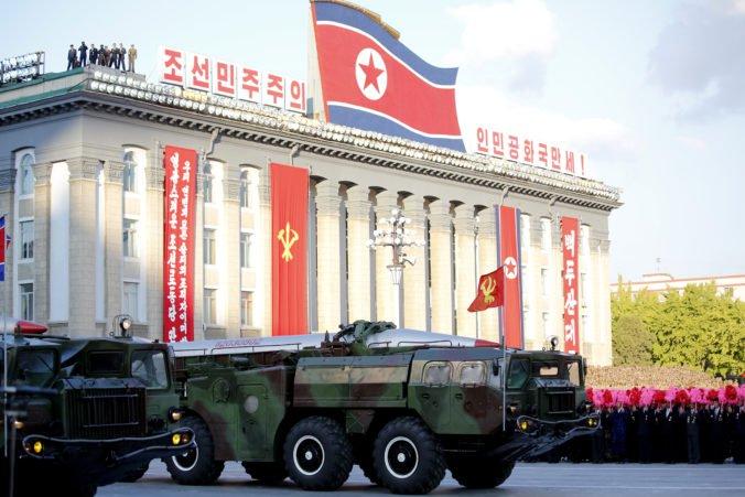 Severná Kórea skritizovala USA, sankcie platia napriek snahám o ústretové kroky