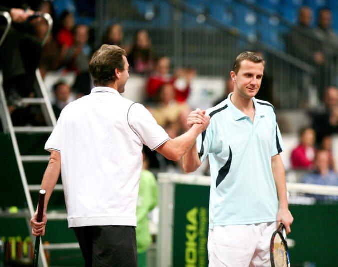 Smutný deň pre tenis, biznis je silnejší ako história. Reakcia osobností na nový formát Davis Cupu