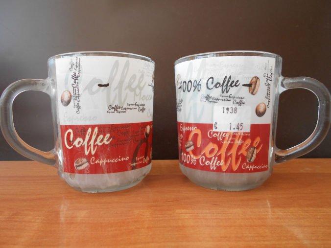 Foto: Hygienici varujú pred škodlivým hrnčekom na kávu, presahuje limitné hodnoty ťažkých kovov