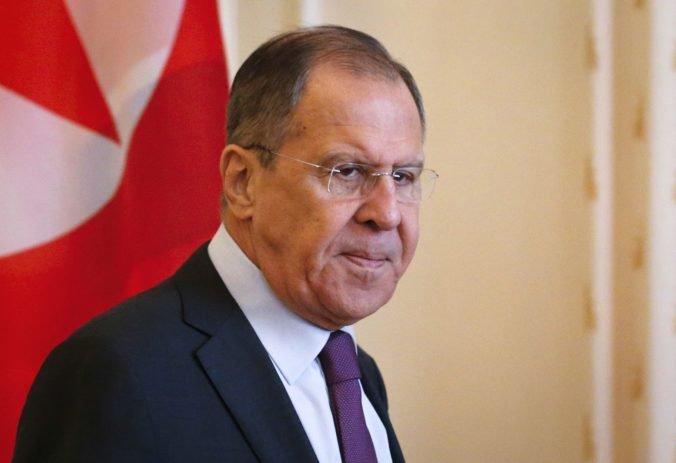 Krym je súčasťou Ruskej federácie, tvrdí Lavrov a hovorí aj o rusofóbnej hystérii vo Washingtone
