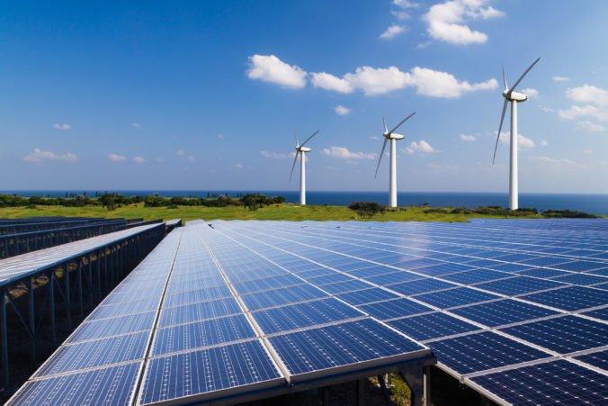 Vedci navrhujú vytvoriť na Sahare obrovskú veternú a slnečnú elektráreň
