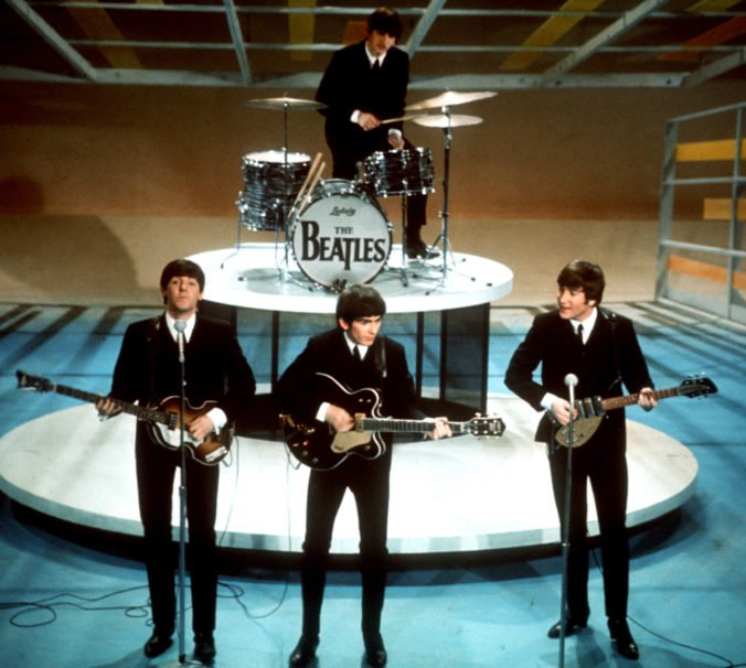 Vydražili gitaru Georgea Harrisona, na ktorej hral počas posledného vystúpenia The Beatles