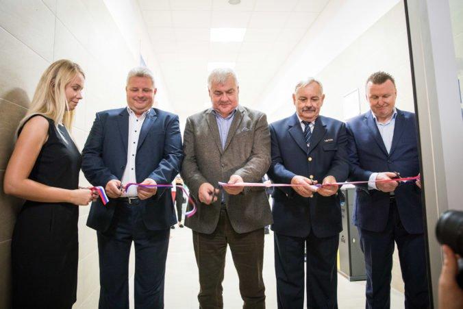 Foto: Na Hlavnej stanici v Bratislave otvorili novú čakáreň, je v historickej časti budovy