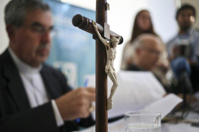 V štyroch diecézach v Čile bola razia v rámci vyšetrovania sexuálneho zneužívania detí kňazmi