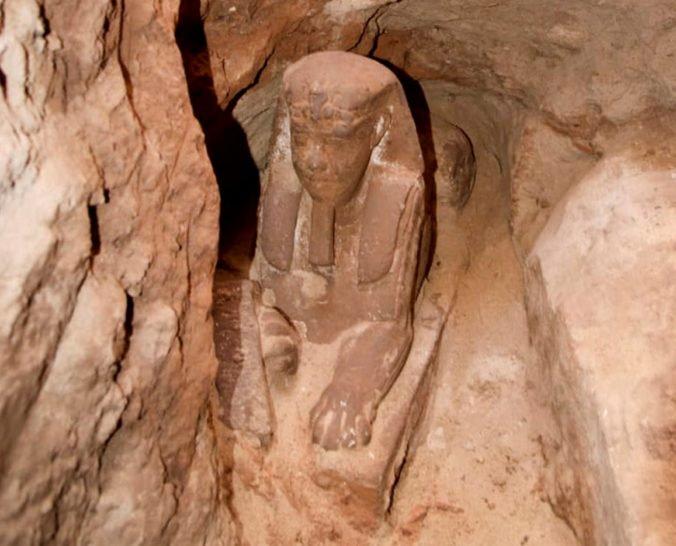 Počas prác v chráme Kom Ombo v Egypte našli archeológovia novú sfingu