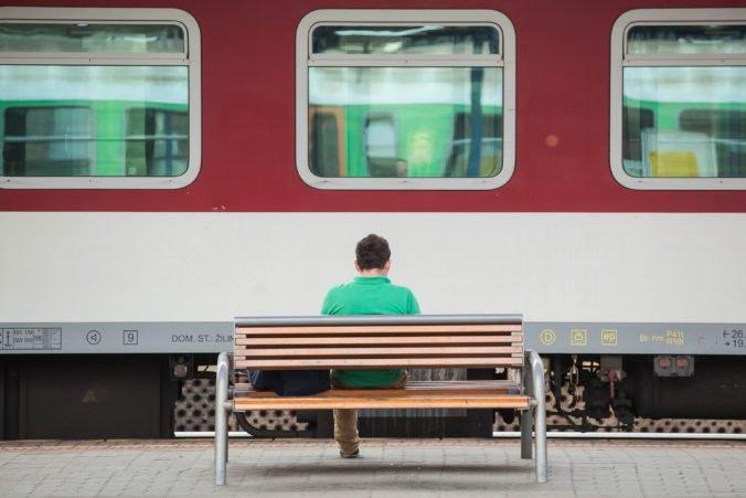 Železnice Slovenskej republiky upozorňujú na výluky, cestujúcich budú prepravovať autobusmi