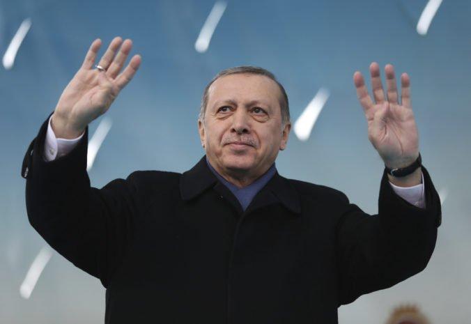 Spĺňame všetky podmienky a sme pripravení hostiť ME vo futbale 2024, vyhlásil hrdo Erdogan