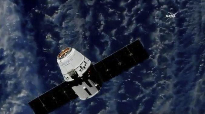 SpaceX oznámil termín prvého letu k ISS s ľudskou posádkou