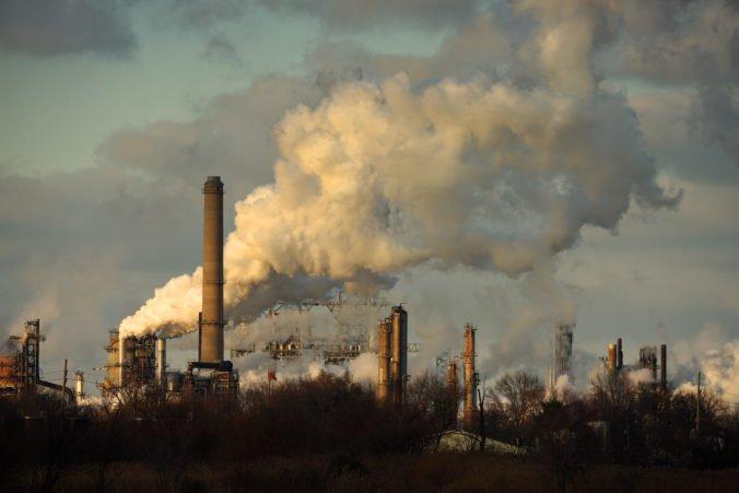 Boj so smogom môže Európanom do roku 2025 ušetriť 183 mld. EUR