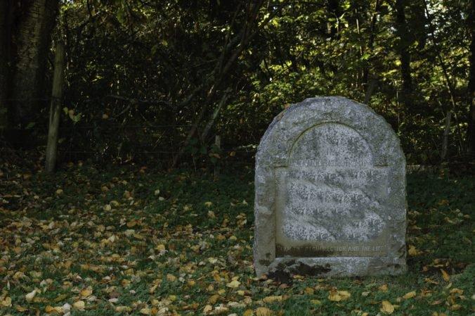 Námorná pechota našla v Acapulcu tajné hroby s telami, niektoré mali zviazané ruky a nohy