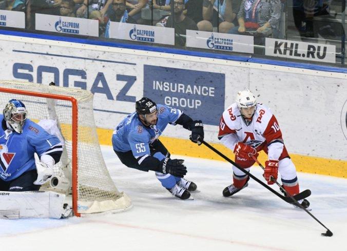 Obranca Schaus si po predčasnom konci v HC Slovan Bratislava našiel nový klub