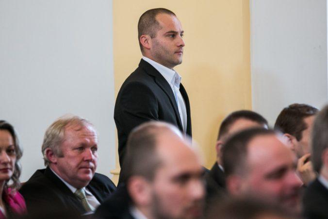 Poslanec Kolesár vraj dostal facku od spolustraníkov ĽSNS, obrátil sa na NAKA