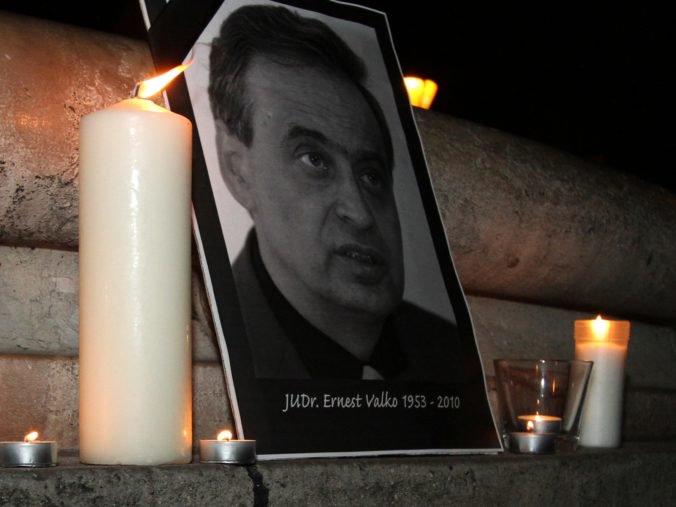 Prípad vraždy Ernesta Valka nesmeruje na súd, vrátili ho vyšetrovateľovi