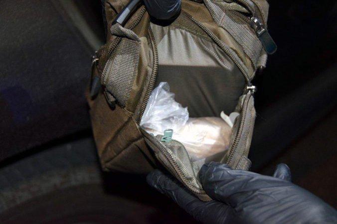 Úrady zhabali 270 kilogramov heroínu v talianskom prístave Janov