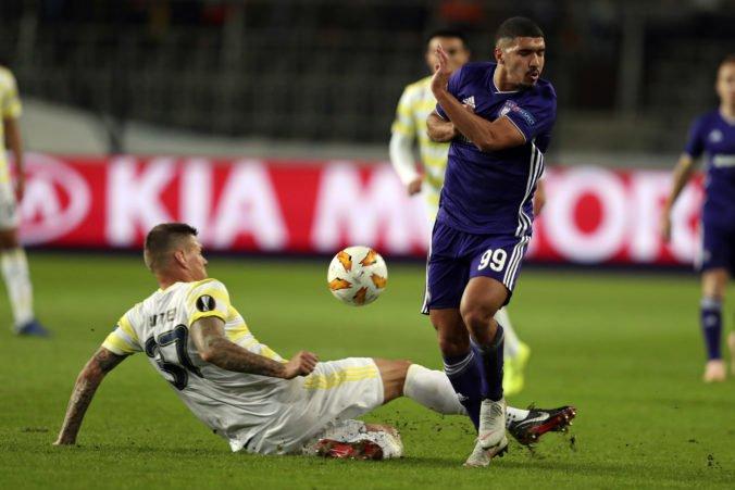 Video: Fenerbahce so Škrtelom zdolalo Anderlecht, sedem tímov si zabezpečilo šestnásťfinále EL