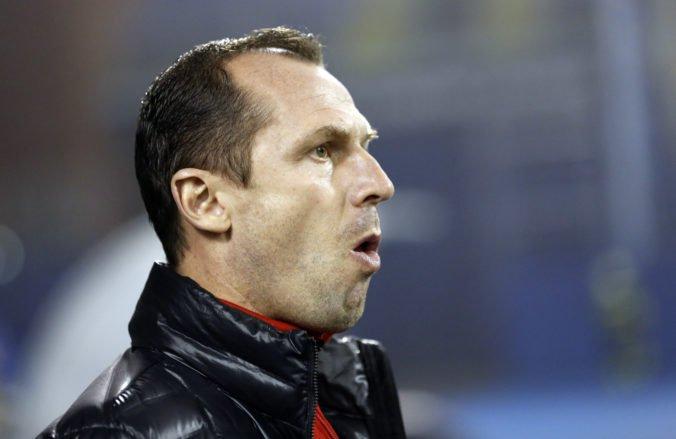Pre koho sa vlastne ten futbal hrá, trénerovi Látalovi prekážala hmla v zápase s Dinamom Záhreb