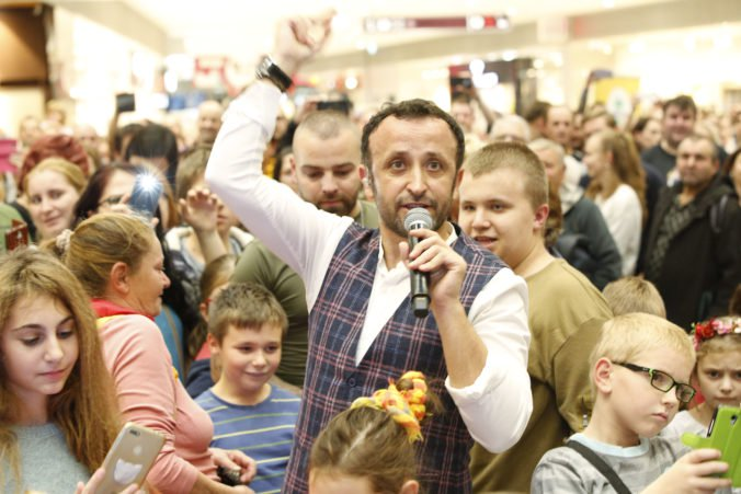 Šalenu náladu na oslavách 4. narodenín Bory Mall spôsobili Kandráčovci