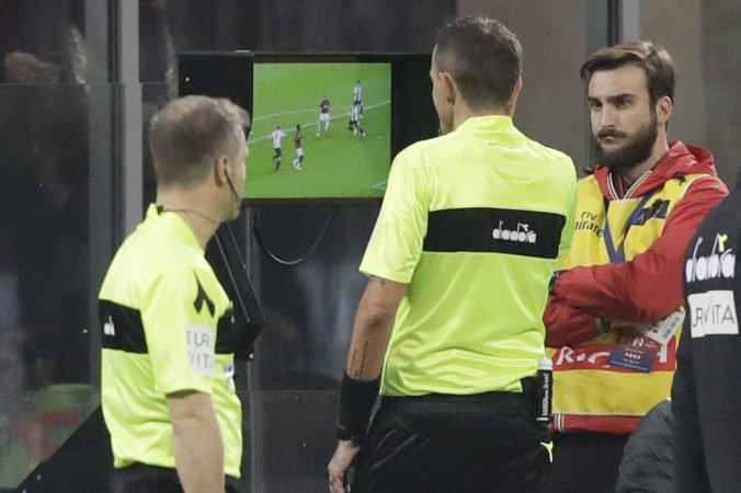 Technológia VAR sa možno objaví vo futbalovej Lige majstrov už v tomto ročníku