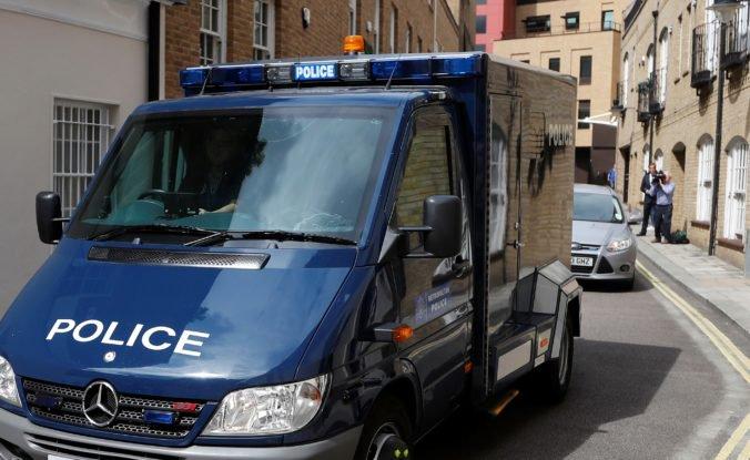 V opustenom dome v Londýne našli výbušniny, polícia spustila bezpečnostnú operáciu
