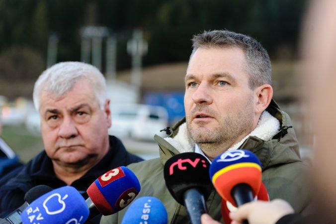 Dodávateľ stavby tunela Višňové sa musí spamätať, ináč vypovieme zmluvu, pohrozil Pellegrini