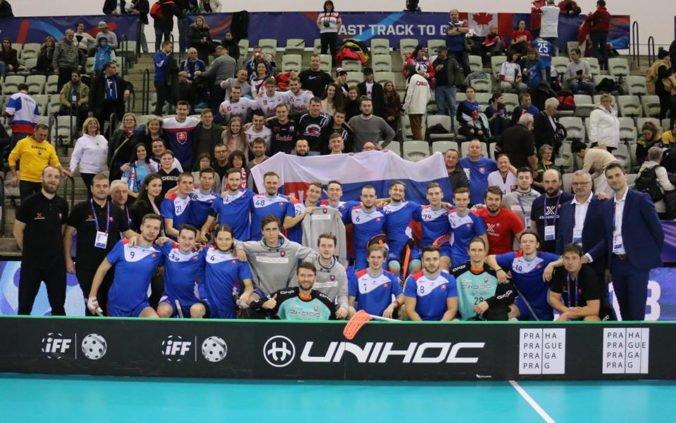 Slovenskí florbalisti po prehre v kľúčovom zápase na svetovom šampionáte deklasovali Austrálčanov
