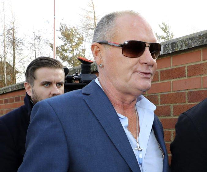 Bývalý skvelý futbalista Gascoigne sa postavil pred súd, je obvinený zo sexuálneho obťažovania
