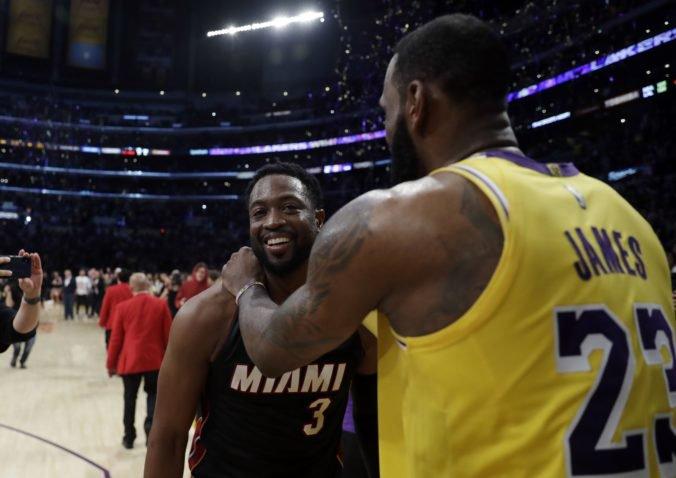 Video: Wade neuspel v súboji s LeBronom, obhajcovia titulu v NBA zdolali Minnesotu